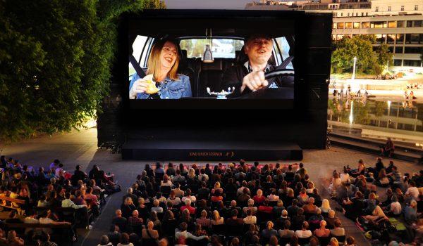 Stillstand bei Kino unter Sternen Slider