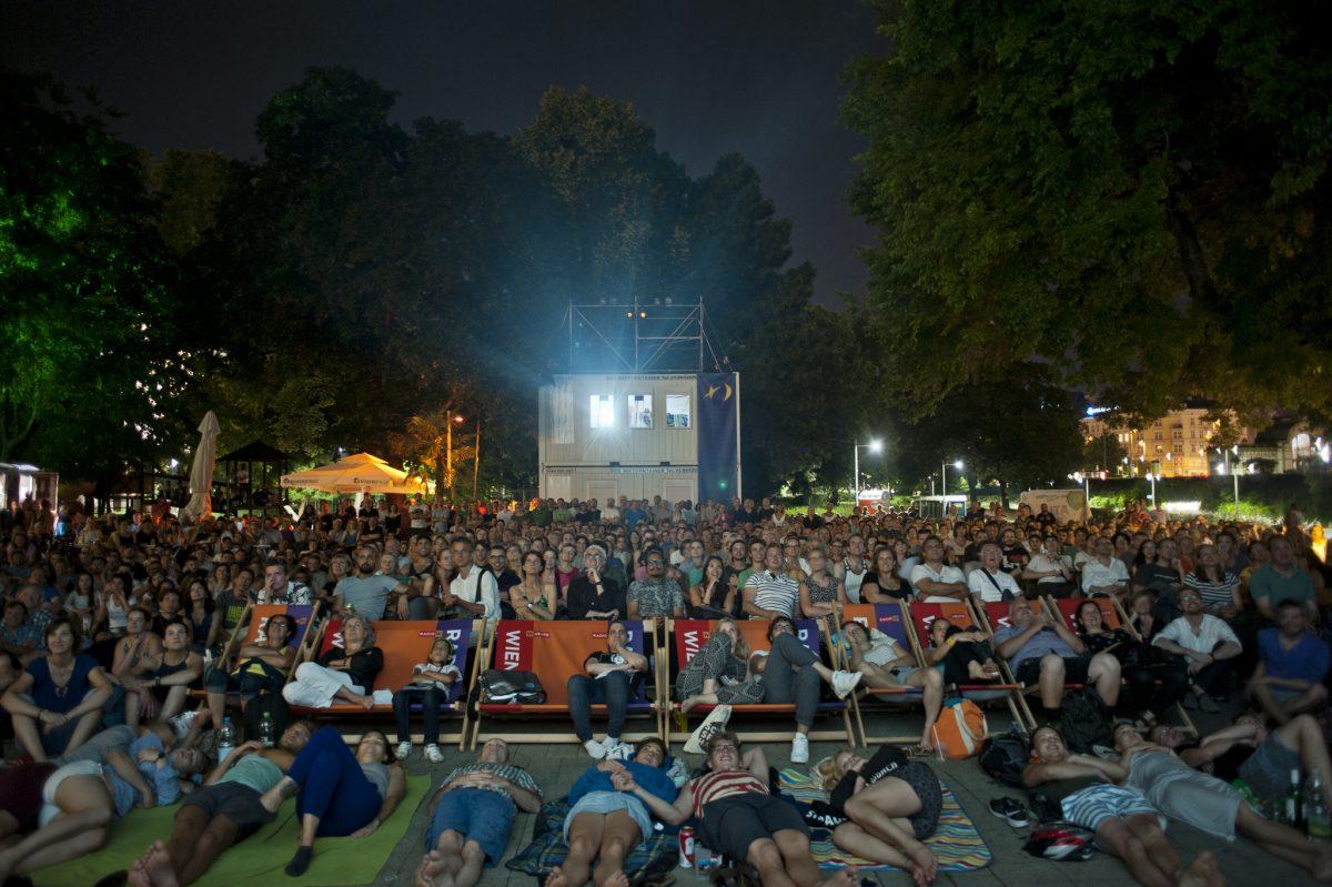 Kino unter Sternen am Karlsplatz Wien - Publikumsfilm